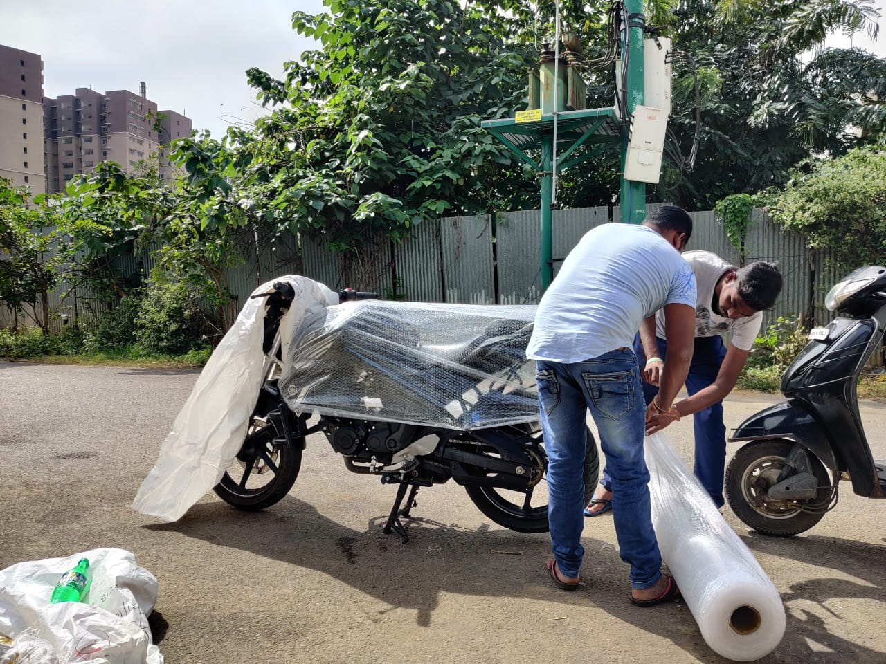 indian-railway-parcel-bike-packing-how-to